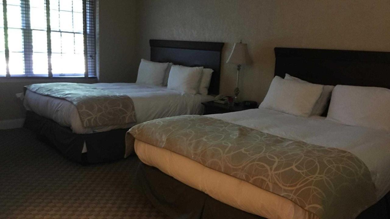 Colts Neck Inn Hotel